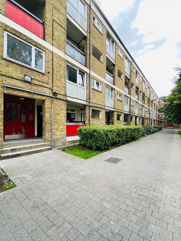 Locton Green, Rushton Street, Bow, Roman Road, London, E3 2LP