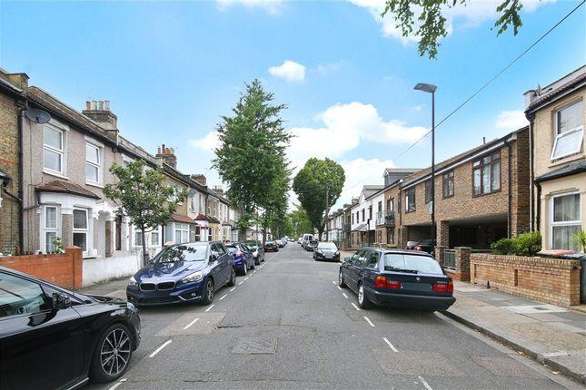 Meath Road, Plaistow, West ham, Upton Park, Stratford, London, E15 3DR